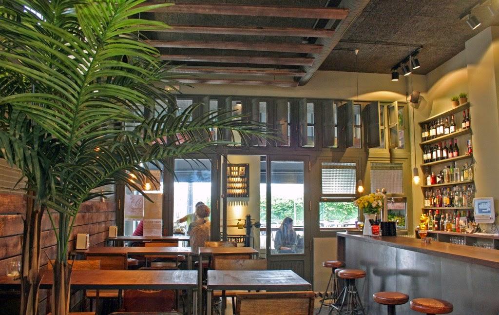 La urbana bar en a coru a galicia cool magazine - Arquitectura de interiores coruna ...