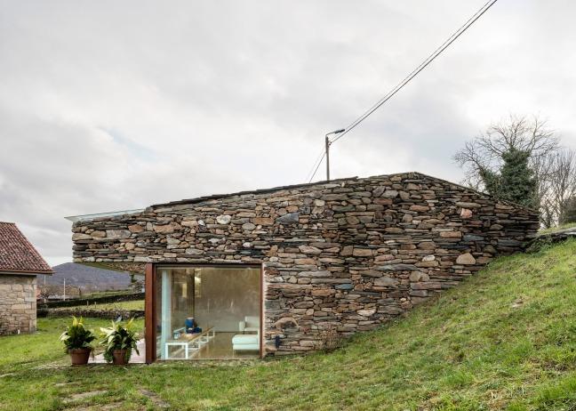 casa restaurada ribeira Sacra Galicia 06