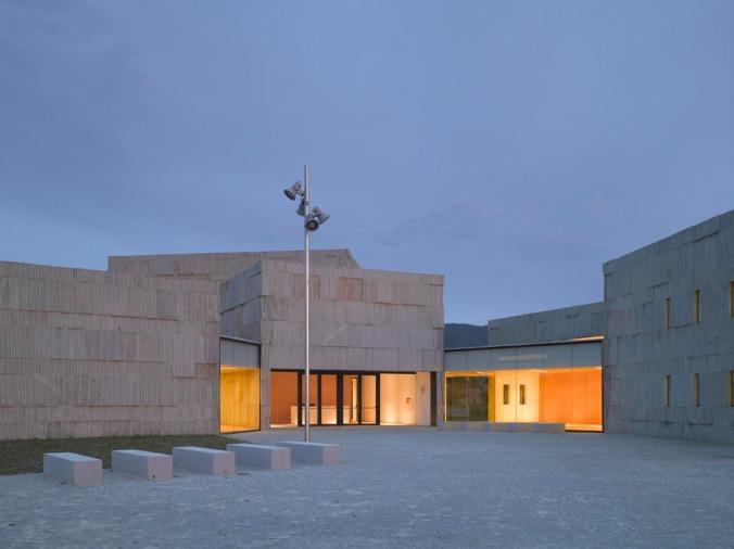 Centro de artes escénicas de Verín 01
