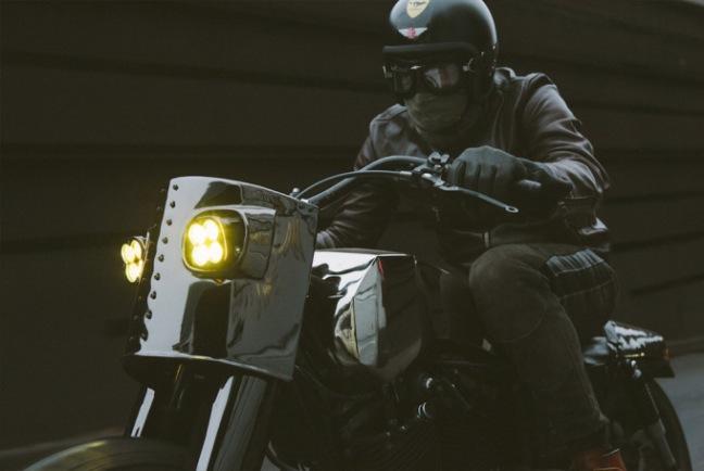 el-solitario-moto-000